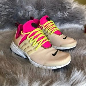 Women's Nike Air Presto Ultra SI - Size 7